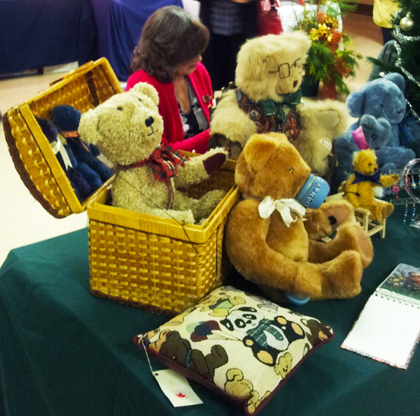 Christmas at St Mark's – an opportunity to shop from local artisans and vendors.